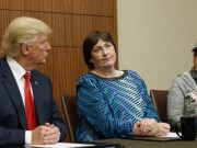 Thế giới - Vì sao Trump dẫn người bị hiếp năm 12 tuổi đến tranh luận
