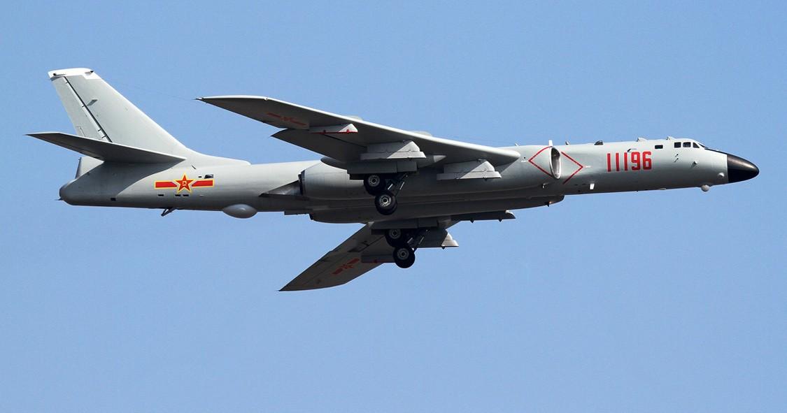 Chế tạo siêu máy bay ném bom, TQ nhái thiết kế Nga-Mỹ - 1