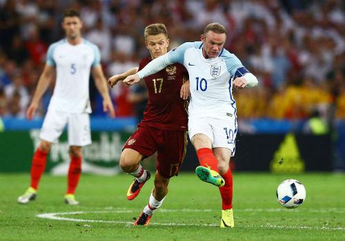 """Rooney hết thời: Đừng khóc cho """"Vua sư tử"""" - 2"""