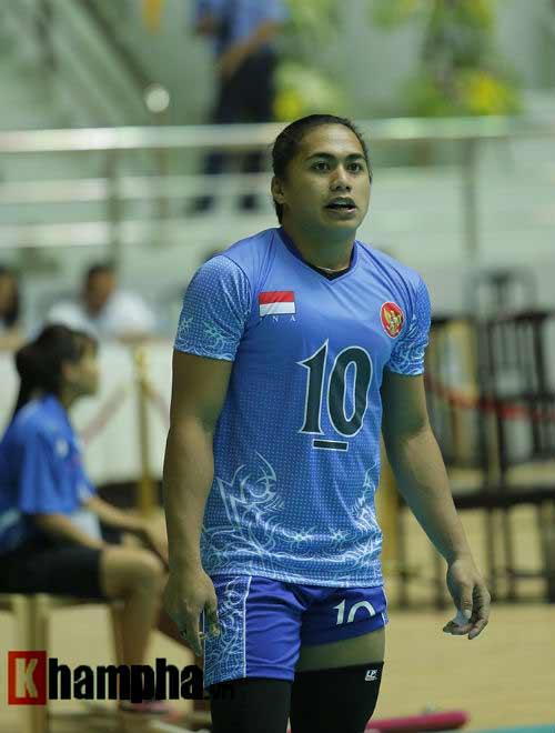 Gặp đối thủ cơ bắp, bóng chuyền nữ Việt Nam thắng thuyết phục - 6