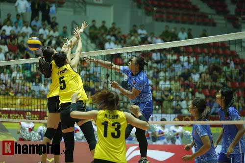 Gặp đối thủ cơ bắp, bóng chuyền nữ Việt Nam thắng thuyết phục - 2