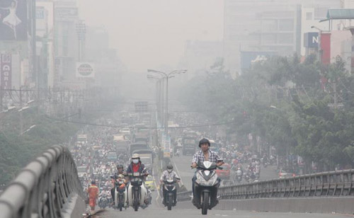 Xe điện - giải pháp hữu hiệu giảm thiểu ô nhiễm báo động ở Hà Nội - 1