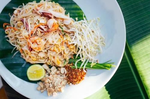 Thưởng thức tinh hoa ẩm thực Thái ngon đúng điệu giữa lòng Sài Gòn - 4