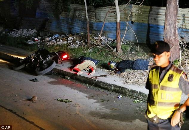 Tội phạm ma túy Philippines đóng quan tài để thoát án tử - 5