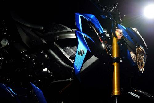 Công bố xế chồm lỡ 2018 Suzuki GSX-S750 - 9