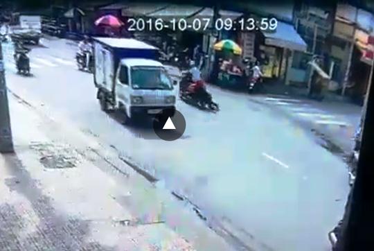 Triệu tập nghi can vụ cướp kéo lê cô gái trên phố SG - 2