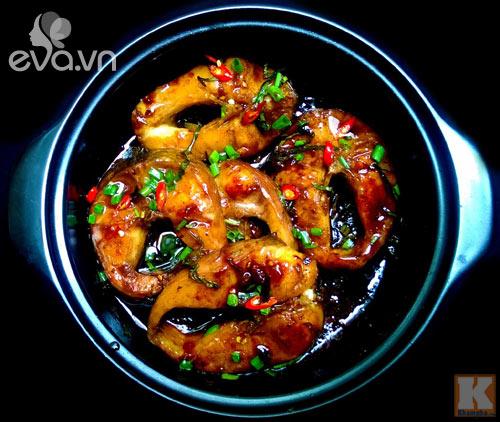 Cá kho lá chè tươi cho bữa cơm thêm đậm vị - 4