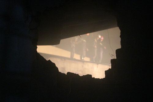 Đà Nẵng: Cháy nhà trong đêm, 7 người thoát nạn - 1