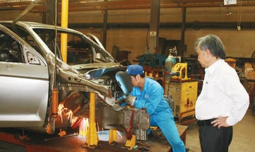 Khuynh gia bại sản vì giấc mơ ô tô Việt - 2