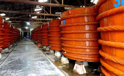 'Cuộc chiến' nước mắm: Chọn truyền thống hay công nghiệp? - 1