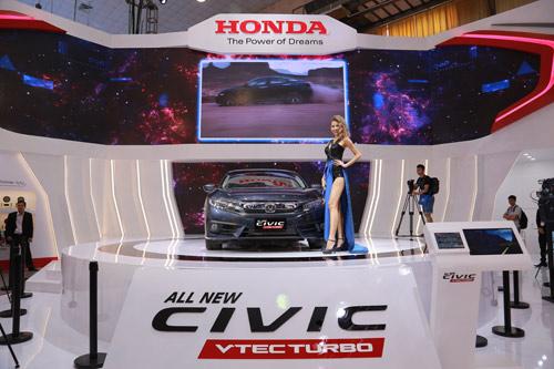 Honda Civic thế hệ mới: Bứt phá kiến tạo xu hướng - 1
