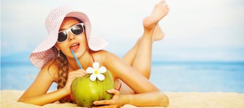 Vì sao khi đi nắng chớ nên uống nước dừa giải nhiệt? - 4