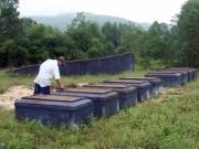 Tin tức trong ngày - Chuyện lạ ở Huế: Hàng ngàn ngôi mộ bị đóng đinh