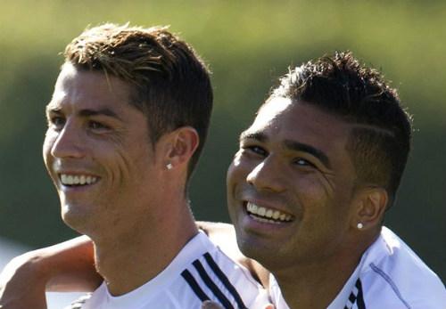 """""""Ronaldo quá vĩ đại, bóng Vàng khó thoát khỏi tay"""" - 1"""