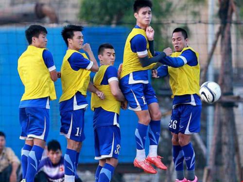 Đội tuyển Việt Nam: Vá víu hàng thủ - 1