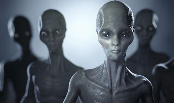 Vatican biết bí mật về người ngoài hành tinh? - 1