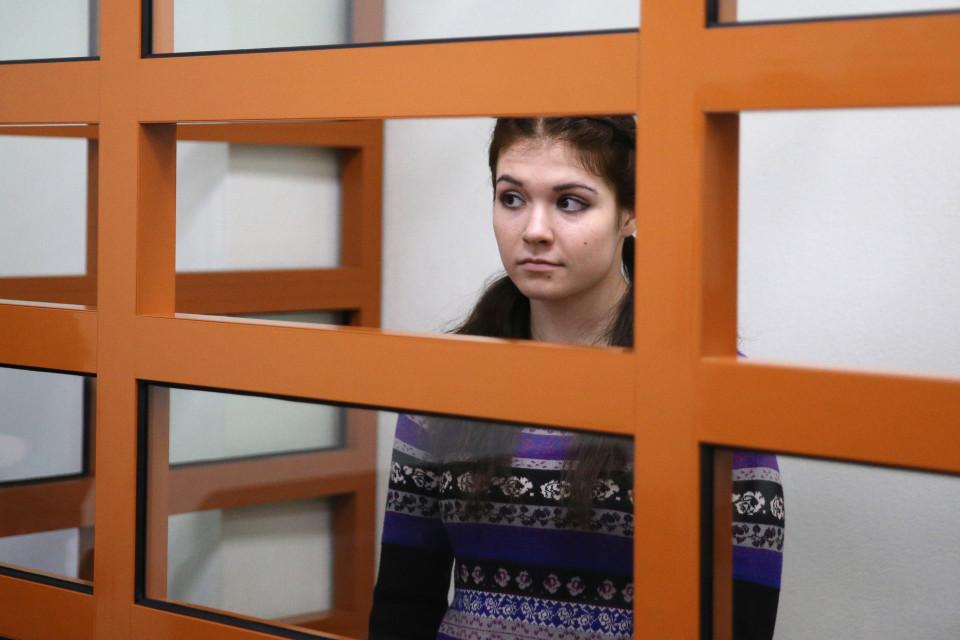 Nữ sinh Nga quyết ôm đồ lót bỏ trốn sang Syria - 1