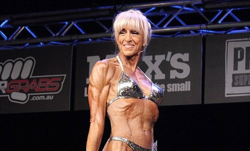 Cụ bà U70 cơ bắp cuồn cuộn vô địch 1 bang ở Úc - 3