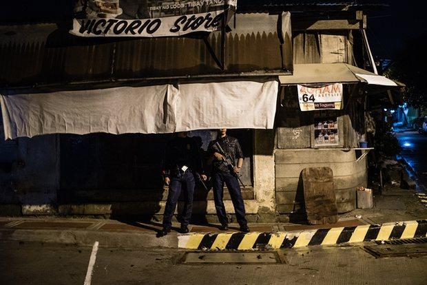 Philippines: Bạn trai của con gái công tước Anh bị giết - 2