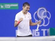 """Thể thao - Thêm 8 điểm """"vàng"""", Hoàng Nam mơ bay cao ở Vietnam Open"""