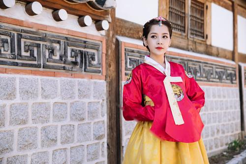Chi Pu mặc hanbok xinh không thua á hậu Hàn Quốc - 6