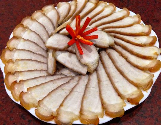 Lạ miệng với thịt heo khìa nước dừa - 1