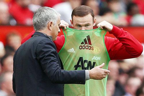 """MU tính bán Rooney đỡ """"gánh"""" 26 triệu bảng tiền lương - 2"""
