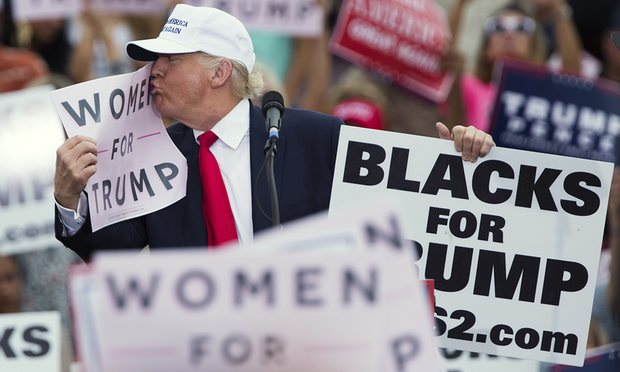 Trump bị tố lao vào phòng xem thí sinh hoa hậu khỏa thân - 2
