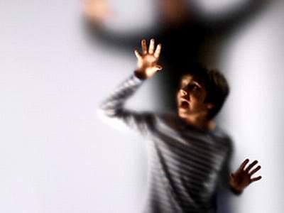 Những nguy hại khôn lường khi trẻ bị rối loạn cảm xúc - 1
