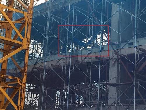 Tạm đình chỉ công trình bị sập giàn giáo ở Hà Nội - 1