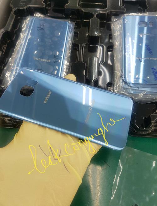 Galaxy S7 Edge màu xanh san hô thay thế Note 7 - 1