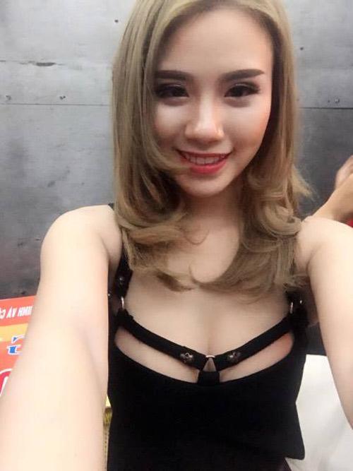 Linh Miu trần tình về sự cố hớ hênh khi hát hội chợ - 3