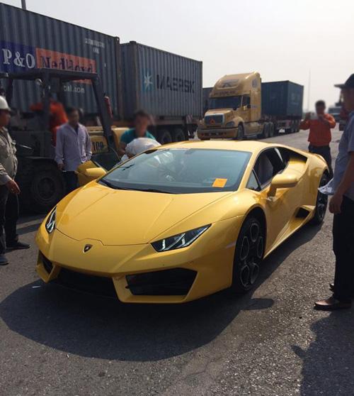 """HOT: Lamborghini """"giá rẻ"""" Huracan LP580-2 thứ 2 về Việt Nam - 1"""