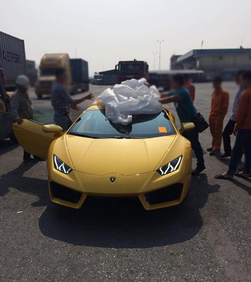 """HOT: Lamborghini """"giá rẻ"""" Huracan LP580-2 thứ 2 về Việt Nam - 5"""