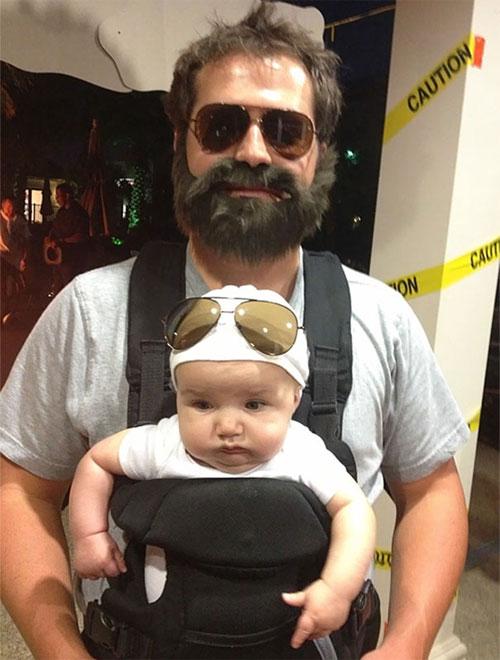 Học ông bố bà mẹ cho bé đi chơi Halloween - 5