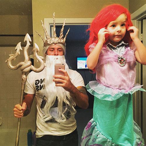Học ông bố bà mẹ cho bé đi chơi Halloween - 8