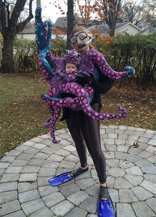 Học ông bố bà mẹ cho bé đi chơi Halloween - 10