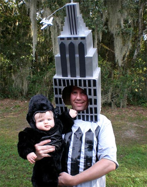 Học ông bố bà mẹ cho bé đi chơi Halloween - 11