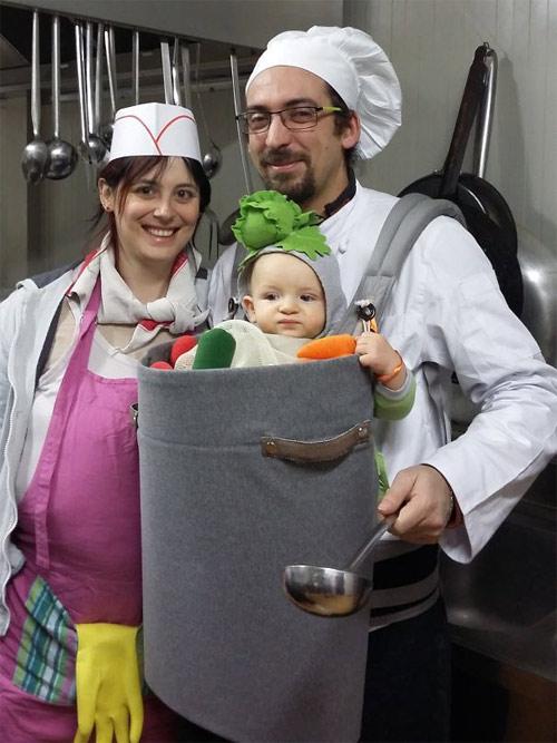 Học ông bố bà mẹ cho bé đi chơi Halloween - 14