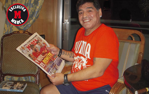 "Maradona: ""Messi chỉ ngang tầm Ronaldo"" - 1"