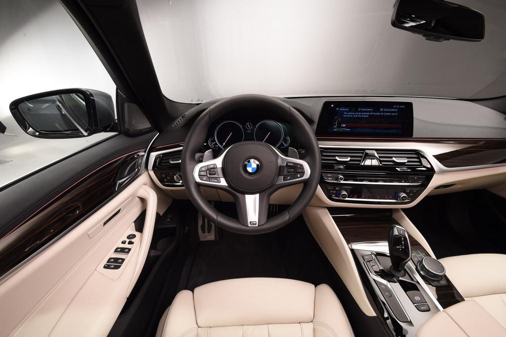 Sedan hạng sang BMW G30 5 Series lộ diện - 5