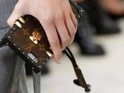 """Thời trang - LV gia nhập những """"ông hoàng thời trang"""" sản xuất ốp điện thoại"""