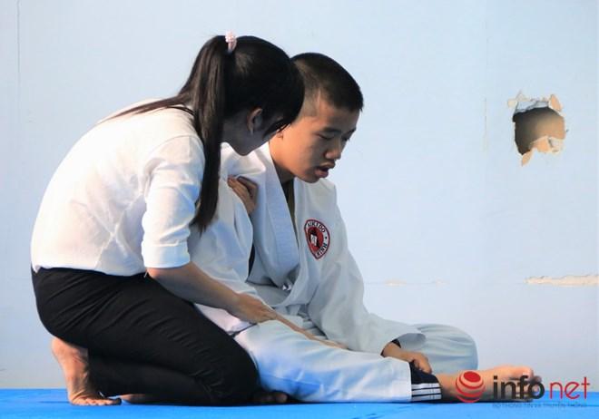 Lớp học võ miễn phí cho trẻ em khuyết tật và tự kỷ - 11