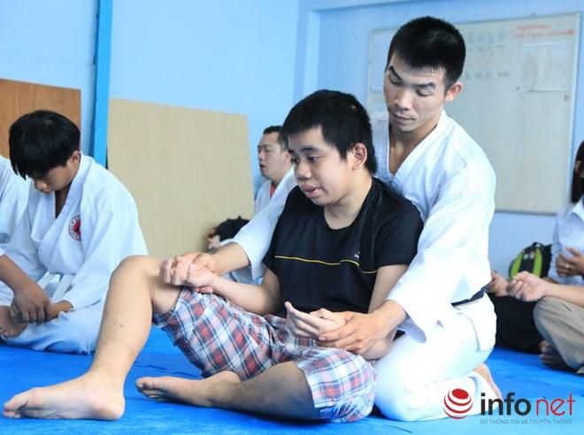 Lớp học võ miễn phí cho trẻ em khuyết tật và tự kỷ - 7