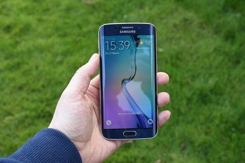 3 lý do nên chọn iPhone 6S Plus, Samsung Galaxy S6 Edge làm quà tặng dịp 20/10 - 1