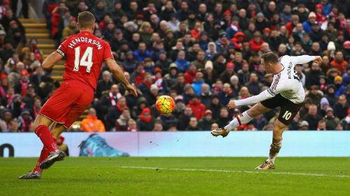 Đấu Liverpool: Rooney ghi 6 bàn, MU chưa từng thua - 1