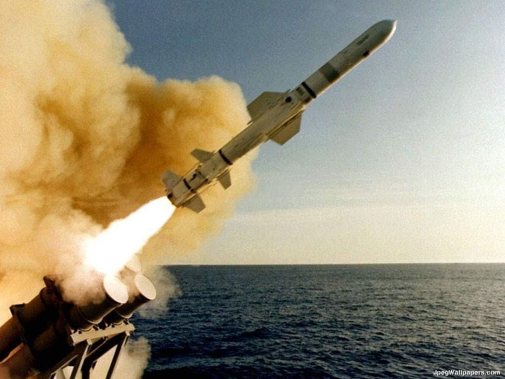 Lực lượng nào dám tấn công tàu chiến Mỹ ở Trung Đông? - 3
