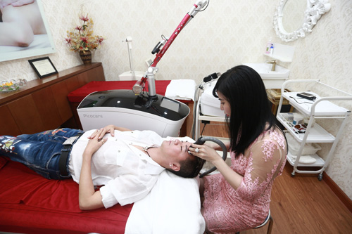Mr Đàm tích cực chăm sóc da để xuất hiện lộng lẫy trong 'Diamond Show' - 2