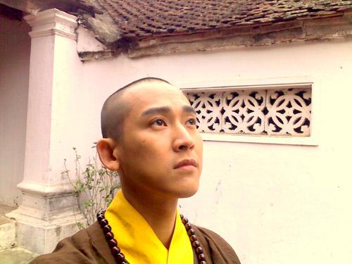 8 Sao Việt cao trọc đầu khiến fan ngỡ ngàng - 15