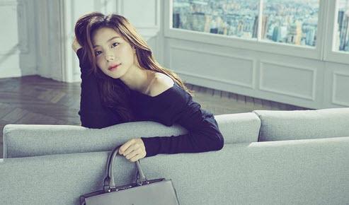 Không thể tin nổi vợ Bae Yong Joon đã bầu 7 tháng - 4